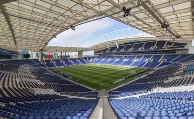 Chung kết cúp C1 2020/2021 tổ chức ở đâu?