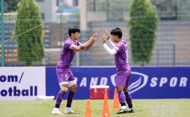 Sau 1 tuần, Văn Hậu trở lại tập luyện cùng ĐT Việt Nam