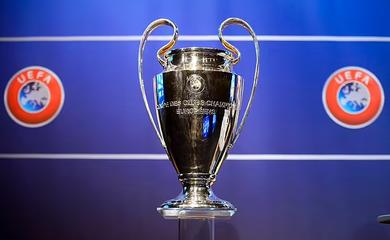 Big 6 Ngoại hạng Anh méo mặt vì quy định mới ở Champions League
