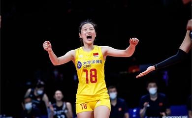 Bóng chuyền Trung Quốc thảm bại, đồng đội của Zhu Ting hứng mưa chỉ trích
