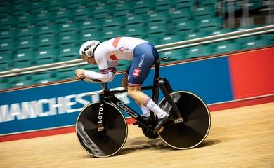 Cận cảnh chiếc xe đạp tiền tỉ của đội xe đạp lòng chảo Vương Quốc Anh