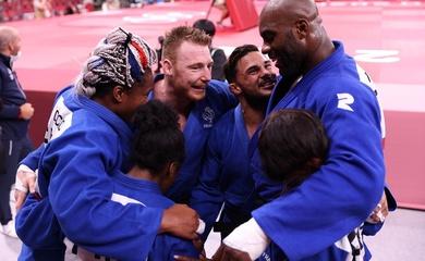 2 HCV thất trận, Nhật thua Pháp tại chung kết lịch sử Judo đồng đội Olympic