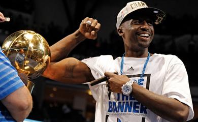 Câu chuyện về Jason Terry: Xăm cúp vô địch NBA lên người làm động lực