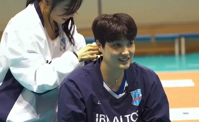 VĐV Bóng chuyền Hàn Quốc nhận quà bất ngờ từ nữ ca sĩ SNSD thay HCV Olympic