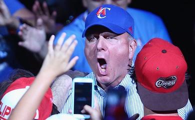 """Ông bầu Steve Ballmer: """"fan Lakers đang sợ Clippers"""""""