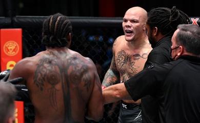 Hạ gục Ryan Spann, Anthony Smith trở lại với mạch thắng ấn tượng ở hạng bán nặng UFC