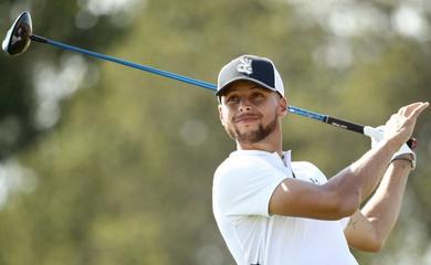 Steph Curry làm BLV ở giải golf đồng đội lớn nhất thế giới