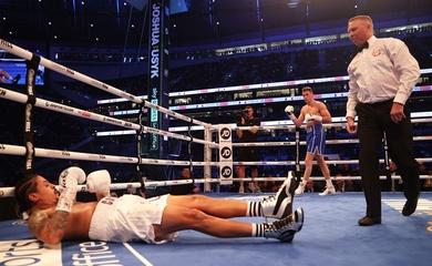 Boxing: Callum Smith đấm đối thủ co giật ngày ra mắt hạng bán nặng