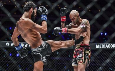 Những pha knockout ấn tượng mở màn tứ kết ONE Kickboxing Featherweight Grand Prix