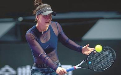 """Ngỡ ngàng với """"tài sắc vẹn toàn"""" của tay vợt tennis Bianca Andreescu"""
