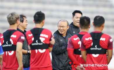 Ông Park toan tính gì khi gọi 17 hậu vệ ở ĐT Việt Nam?