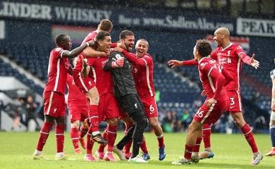 """Xem thủ môn Alisson ghi bàn thắng """"quý hơn vàng"""" cho Liverpool"""