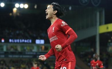 """""""Vua sân khách"""" Minamino giúp Liverpool thắng lớn ở Cúp Liên đoàn"""