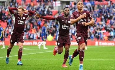 Người hùng của Leicester được chỉ cách ghi bàn vào lưới Chelsea