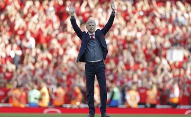 CĐV Arsenal phải hối hận khi cư xử với Wenger