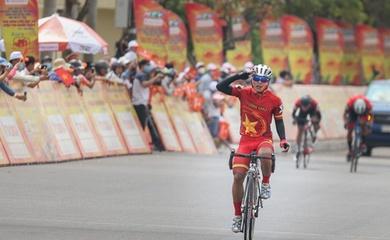 Lính trẻ Nguyễn Thanh Nhã nhất chặng 13 Giải đua xe đạp cúp truyền hình HTV 2021