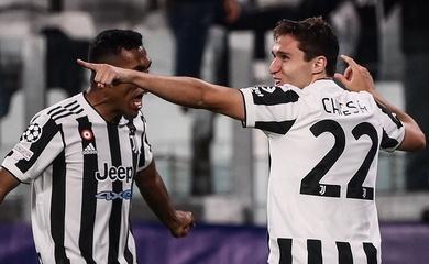 Juventus khiến Chelsea ôm hận bằng bàn thắng nhanh nhất sau hiệp 1