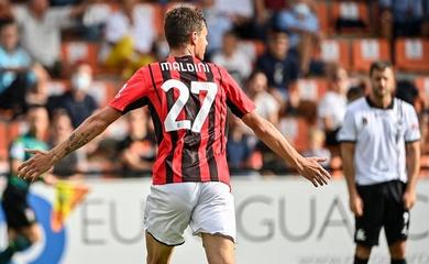 Daniel Maldini ghi bàn cho AC Milan, nhà Maldini lập kỷ lục