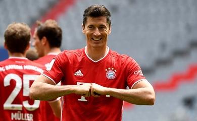 Lewandowski đi vào lịch sử Bundesliga với kỷ lục mới cùng Bayern