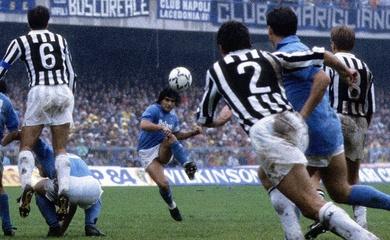 Maradona với ký ức về cú sút phạt bất khả thi trước Juventus