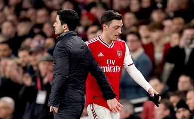 Arsenal bỏ rơi Mesut Ozil vì lợi ích thương mại ở Trung Quốc?