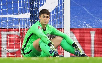 Xem thủ môn Kepa lại mắc lỗi ngớ ngẩn với Chelsea
