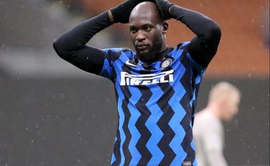 Xem Lukaku ngăn Inter Milan ghi bàn quyết định ở Champions League