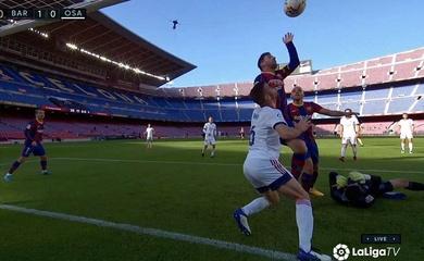 """Messi suýt ghi bàn bằng """"bàn tay của Chúa"""" như Maradona"""