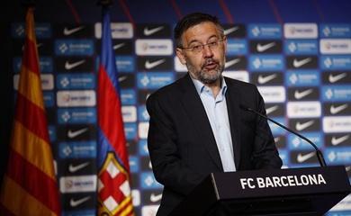 Chủ tịch Barca phá vỡ sự im lặng sau mâu thuẫn với Messi