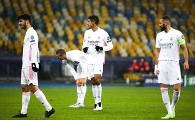Real Madrid có thể kết thúc ở đầu bảng hoặc... cuối bảng