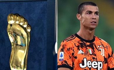 Cristiano Ronaldo lần đầu tiên giành giải Bàn chân vàng