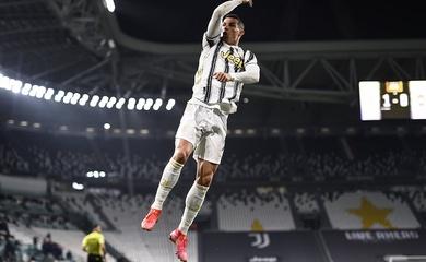 Cristiano Ronaldo lập cú đúp đặc biệt cho Juventus trong 7 phút
