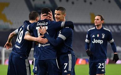 Messi gọi, Ronaldo trả lời với một cột mốc bàn thắng ngoạn mục