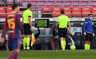"""Barca """"sôi máu"""" về thống kê phạt đền từ VAR sau trận thua Real"""