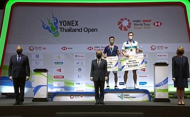 Kết quả chung kết kết cầu lông Thái Lan mở rộng hôm nay:Axelsen và Martin vô địch