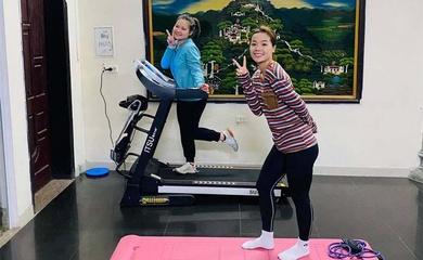 Hot girl cầu lông Nguyễn Thùy Linh tích cực chuẩn bị cho SEA Games và Olympic, bất chấp COVID-19
