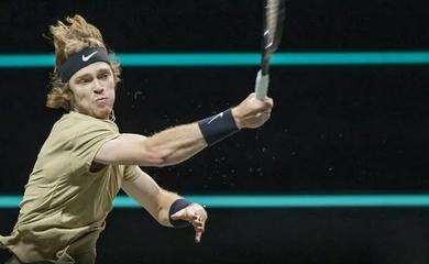 Vô địch giải tennis ATP Rotterdam, Andrey Rublev có danh hiệu thứ 8
