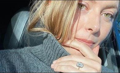 Cựu nữ hoàng tennis Maria Sharapova khoe nhẫn đính hôn đắt giá: Đủ thống trị làng WAG hay không?