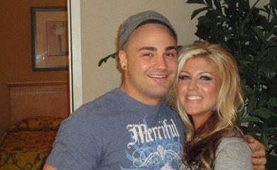 Vợ của Eddie Alvarez đã thay đổi cuộc đời và sự nghiệp của anh như thế nào?