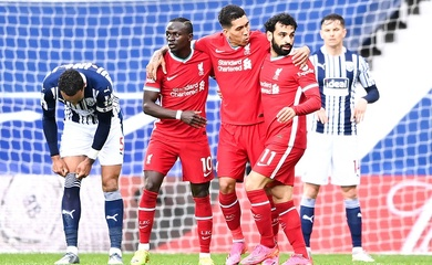 Tiền đạo Liverpool được tung hô là... hậu vệ tấn công xuất sắc nhất