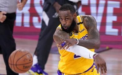 Ném phạt như mưa trong hiệp hai, Lakers áp đảo Nuggets ở game 1