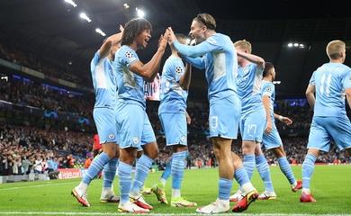 """De Bruyne nổi cáu với trọng tài dù Man City tạo """"cơn mưa"""" bàn thắng"""