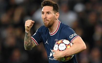Messi lập cú đúp đầu tiên cho PSG với bàn thắng Panenka tuyệt đẹp