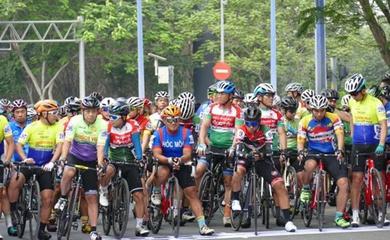 Gần 250 VĐV dự Giải đua xe đạp phong trào TP HCM mừng xuân Tân Sửu 2021