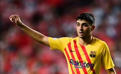 Báo chí thế giới kinh ngạc trước điều khoản của Pedri với Barca