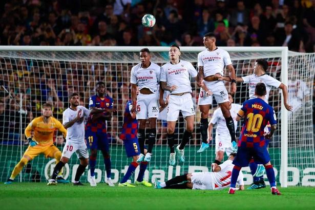 Messi gặp đối thủ yêu thích nhất ở bán kết Cúp Nhà vua