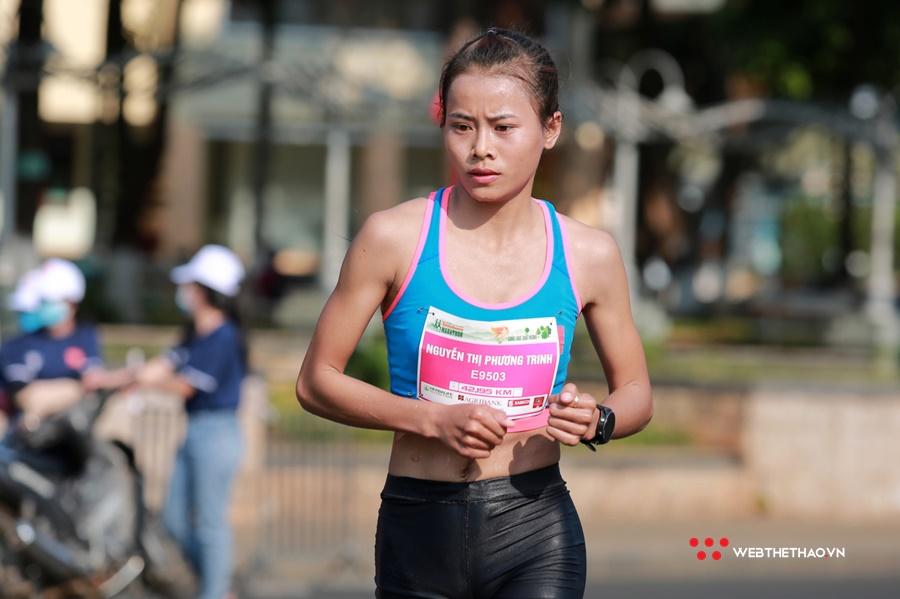 """Cô gái Gia Lai giành HCĐ duathlon SEA Games đánh liều lần đầu """"nuốt"""