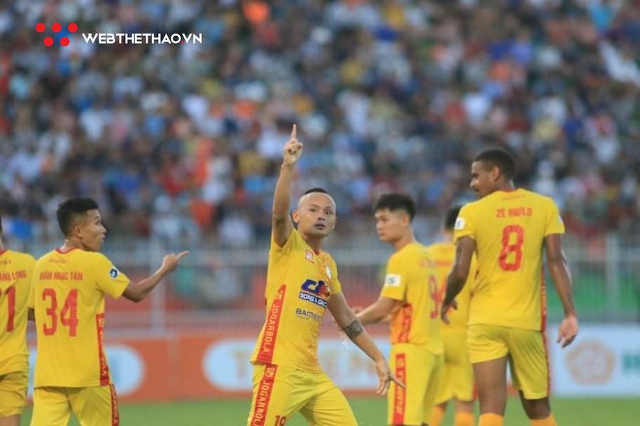 Quốc Phương ghi bàn, Thanh Hoá thắng kịch tính Bình Định