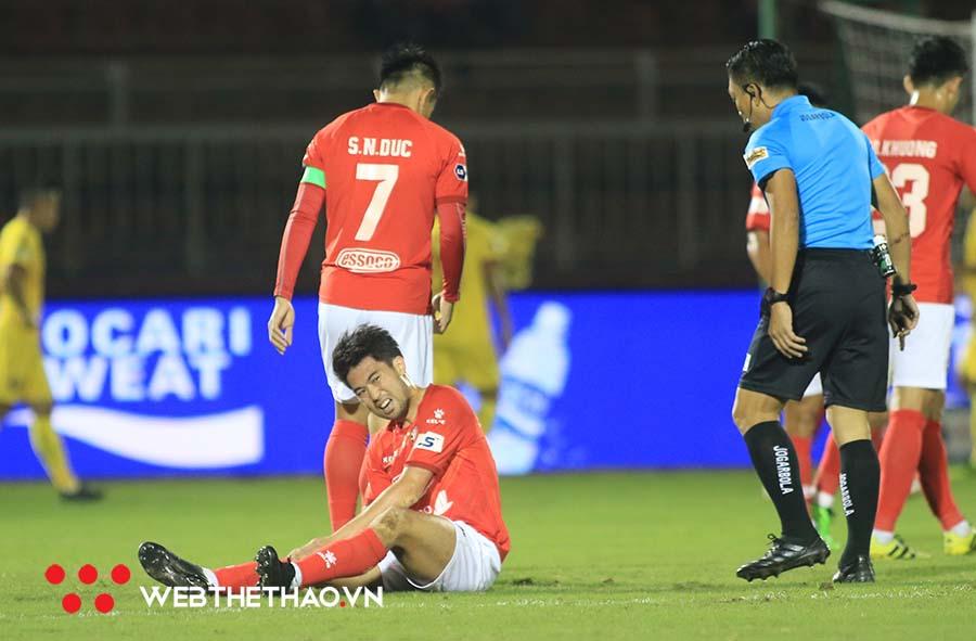 Tấm thẻ đỏ của Lee Nguyễn và trận đấu điên rồ ở Thiên Trường