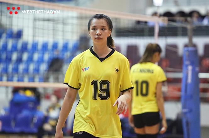 Phan Khánh Vy: Hot girl bóng chuyền dần trưởng thành trong màu áo Bình Điền Long An